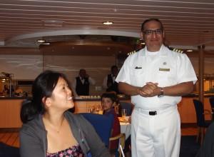 Der Kapitän der La Pinta gratuliert im Namen der gesamten Mannschaft unserem Geburtstagskind Ebony