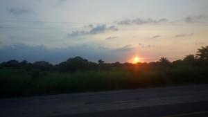 Flores, Palenque, San Cristobal: Die Sonne geht gleich unter und San Cristobal ist noch weit!