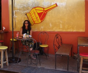 San Cristobal: Im Lonely Planet Tipp La Viña de Bacco gibt es zu jedem Getränk Tapas kostenlos dazu.