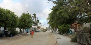 Galápagos, Santa Isabela, Puerto Villamil: Sandy Streets = Lacy Island