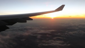 Sonnenuntergang über Kolumbien kurz vor unserer Ankunft in Bogota